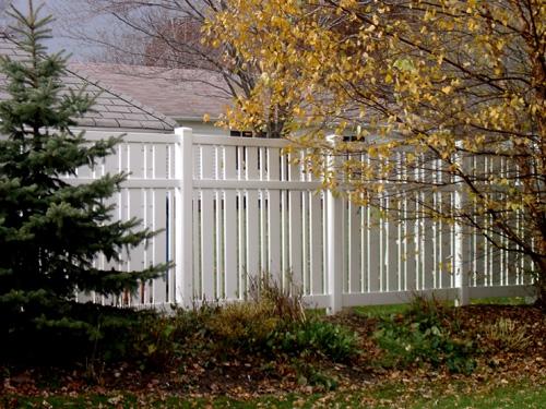 Vinyl Henry Fence