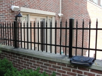 Picket Top on Masonry Wall EFS-10 with Quad Finials